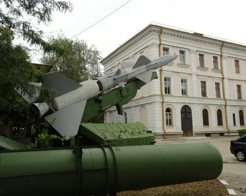 """SA-2, eli paikallinen mallimerkintä 20 DSU """"VOLHOV""""."""